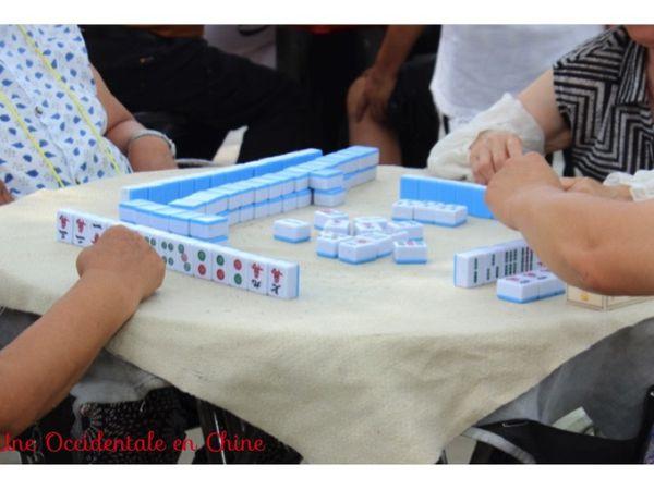 ob_f6b0d4_partie-de-mahjong